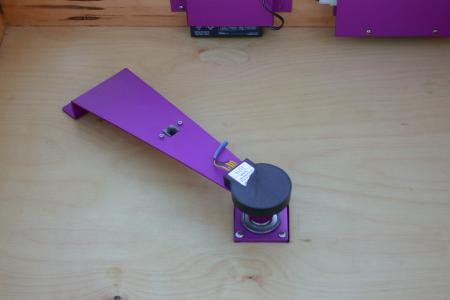 The azimuth encoder mounted in the center of the rocker box