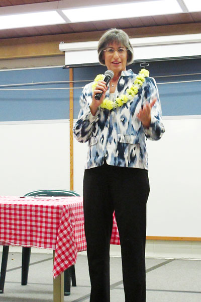 Former governor and current US Senate candidate Linda Lingle address a crowd at the 2012 Waimea Candidate Forum