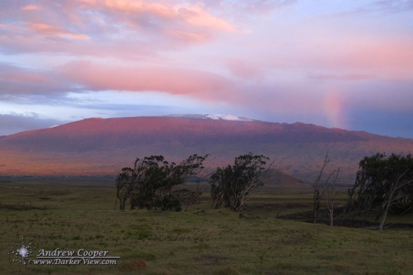 Red Bow above Mauna Kea