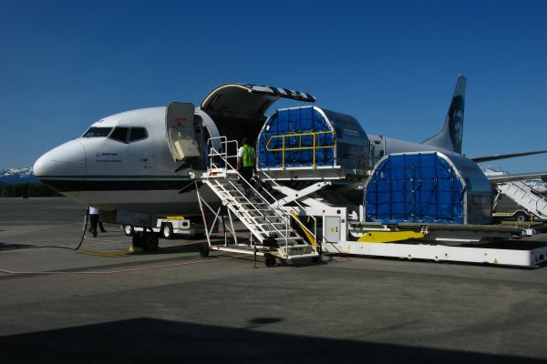 Alaska Air Combi