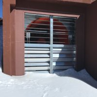 Snow and ice have jammed the Keck 2 dome exhaust fan louvers